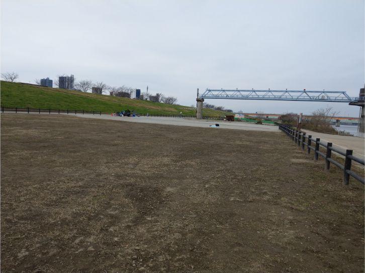 荒川岩淵関緑地バーベキュー場のフリーエリア