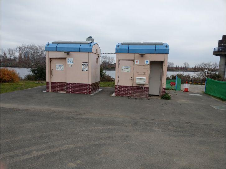 荒川岩淵関緑地バーベキュー場のトイレ